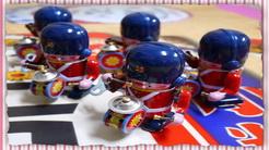 鐵皮發條玩具敲鑼打鼓英國士兵