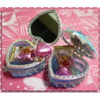 超大方的婚禮小物-愛心珠寶盒加粉紅愛心巧克力