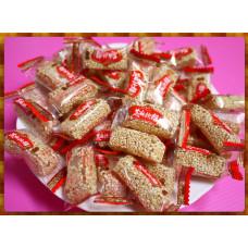 傳統的花生芝麻軟糖飴一台斤裝
