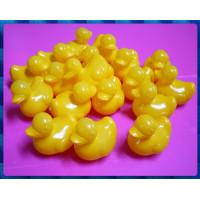 一整袋的小鴨鴨50隻裝台灣製的高級安規玩具