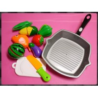 豪華版真實大小煎鍋加上切切樂的家家酒玩具組