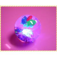7.5公分大的超酷炫彈力閃光球(含掛繩)