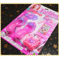 給5歲以下小女孩玩的時尚女孩家家酒套件組-粉紅款