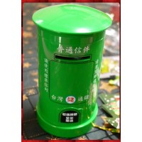 聖誕主題台灣通儲復古郵筒(存錢筒)綠色款大