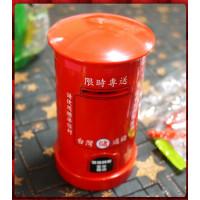聖誕主題台灣通儲復古郵筒(存錢筒)紅色款中
