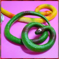 觸感逼真的讓您再大膽也會怕怕的擬真蟒蛇50公分長-綠蛇